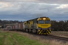 "2016-06-06 Freightliner CF4408-CF4407 east of Gunnedah 5182 (Dean ""O305"" Jones) Tags: train au australia cotton newsouthwales alliance namoi gunnedah freightliner 5182 containertrain cfcla cf4407 cf4408"