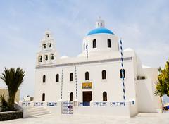 Santorini Church (fotosiris) Tags: building church architecture santorini greece oia
