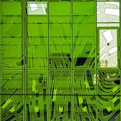 Verd_Green. (estiu87) Tags: abstract france lines fun arquitectura graphic lyon geometry front minimal greyday fassade freude myway finestres geometra archshot grfic grauertag ausen lnees fassana arquitecturaarchitektur