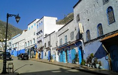 Street in Chefchaouen (Yassine Abbadi) Tags: road panorama cloud sun building tree grass car fog night sunrise river dark dish morocco maroc chaouen chefchaouen habitation