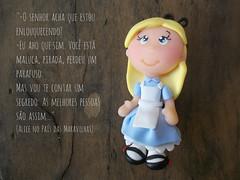 Alice no Pas das Maravilhas (Biscuit da Mada) Tags: porcelanafria alicenopasdasmaravilhas espaonave decolab biscuitdamad alicewordeland 30ideias30dias