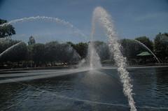 Hirshhorn Museum -5 (Webtraverser) Tags: washingtondc nationalmall waterfountain sculpturegarden nationalgalleryofart d7000