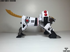 IMG68_1262 (ThanhQuan_95) Tags: white ranger power deluxe tiger legendary mighty rangers legacy mega bandai mmpr morphin megazord tigerzord