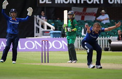 Womans_ODI_0080 (john.mallett) Tags: cricket ecb odi englandvpakistan womanscricket englandwoman fischercountyground