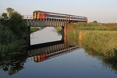 158863 at Beggars' Bridge, Cambridgeshire (Julian Hodgson) Tags: train rail railway fens cambridgeshire fenland coates networkrail class158 beggarsbridge turves eastmidlandstrains
