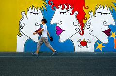 _DSC9526 (Giuseppe Cocchieri) Tags: street blue red yellow t nikon colore blu giallo nikkor rosso colori