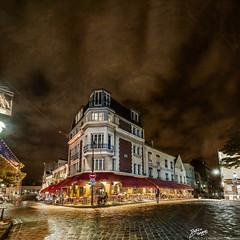 France / Paris / Montmartre (Pablo A. Ferrari) Tags: street sky urban paris france architecture night noche calle arquitectura long exposure montmartre urbano francia nuit nocturne parisian parisien ruenorvins pabloferrariphotography