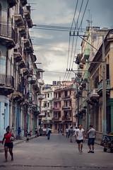 Callejeando por Centro Habana (Audiovisual project) Tags: calledecolores calle callesdelahabana callejeando streetfullofcolors streetofcuba street cubanstreet cuba cuban cubanpeople cubain cubains colour colorsinourworld colores coleur people gente alley