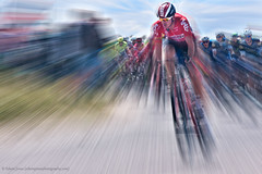 Tour de France Zoom Corner (Edwinjones) Tags: road france bike bicycle sport race speed photoshop lens cycling team tour zoom action sony sigma racing cycle effort lotto tourdefrance stage1 topaz letour peloton 2016 cyclerace a700 brequeville