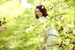 Spring joy (gestiefeltekatze) Tags: portrait flower nature beauty smile daylight spring bright blossom joy brunette