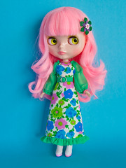Lollipop (Helena / Funny Bunny) Tags: doll blythe custom lollipop rbl reroot funnybunny solidbackground lpphoto phoebemaybe fbfashion