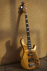 Cort gb-94 (Chris of Arabia) Tags: bass guitar bassguitar cort warmsun gb94 cortgb94
