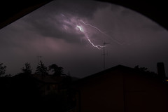 Gotcha! (n@89go) Tags: lighting storm temporale tempesta tuono fulmine saetta