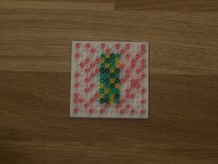 hellocatfood - L (hellocatfood) Tags: animation alphabet hamabeads hellocatfood
