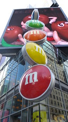 #M&M's #Mikey #NYC #TimesSquare :) (Mkey) Tags: new york city square mms candy times candies