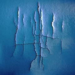 <>I<> (baxsyl) Tags: blue india leather square nikon graphic decay teal crack bleu fabric damage material karnataka 2012 inde carr tissu cuir dechirure ska d7000 baxsyl