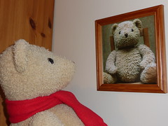 Who do you think you are? (Martellotower) Tags: bear do teddy you who think ivan boris teddible