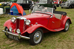 MG TD (1953) (SG2012) Tags: auto classiccar automobile flickr mg oldtimer oldcar autodepoca motorcar carphoto carpicture cocheclasico voitureclassique carphotograph carimage cholmondeleyclassiccarshow 01092013 668xug