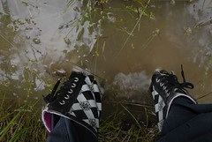 2 par stövlar på loppis (good_on_feet) Tags: gummistiefel gummistøvler stiefel saappaat støvler stövlar kumisaapas saapas gummistövlar gummistövel regnstövlar kumisaappaita seglarstövlar seilstøvlene regenstiefele
