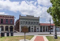 Murphey Building 1884 (jwcjr) Tags: lamppost barnesvillega southernarchitecture barnesvillegeorgia smalltownga murpheybuilding murpheybuildingbarnesville