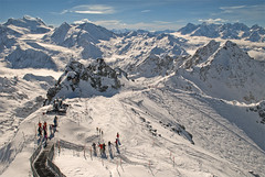 The Mont Blanc (4,810 m h) and the Grand Combin (4,314m h), taken from Mont Fort, Verbier. No, 404. (Izakigur) Tags: winter snow france mountains alps ice sport schweiz switzerland europa europe skies suisse suiza swiss glacier sua summit alpen helvetia svizzera alpi 500faves wallis montblanc lepetitprince valais nendaz thelittleprince zaz verbier montfort romandie grandcombin ilpiccoloprincipe nikond200 100faves coldesgentianes 200faves  300faves 400faves 600faves