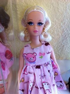 Silkstone Barbie No Bangs Francie Doll