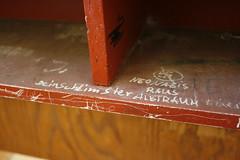 Frauenbergschule Nordhausen: (n0core) Tags: school graffiti thringen kunst haus places plattenbau urbanart ruine ddr spraypaint platte nordhausen gebude gdr schule abriss pos verlassen urbex historisch abadoned thlmann veb nordhuser ndh lostplaces leerstand taschenberg ostblock realschule oberschule frauenberg verlassenes regelschule nordthringen rottenplaces marienweg thlmannschule typenschulbau schulbaureihe typerfurt