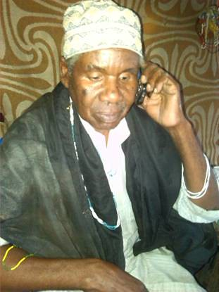 0558-01-10 Traditional Healer Consulting via Cell