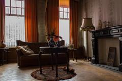 Villa Vitale (Trescoo) Tags: house castle abandoned canon photo decay urbanexploration villa manor maison chteau manoir urbex abandonn dcadence abandonne explorationurbaine dsert dserte