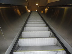 Up and down! (ANNE LOTTE) Tags: escalator rolltreppe