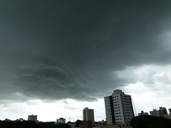 (IgorCamacho) Tags: city cidade summer brazil sky storm nature paran rain brasil clouds natureza chuva stormy cu southern cielo nubes tormenta nuvens vero nuvem sul supercell mesocyclone tempestuoso mesociclone superclula