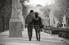 Romantic Winter (Chetecanonista) Tags: madrid park parque winter people blackandwhite blancoynegro canon eos couple pareja walk sigma social personas paseo romantic invierno retiro romantico 70d