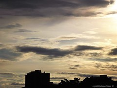 last sunrays of the day (cepsl) Tags: city sunset atardeceres