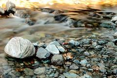 jeter la premiere pierre (glookoom) Tags: light nature montagne grenoble landscape eau lumire pierre rivire paysage rocher flou roche vitesse chamrousse effet rhnealpes