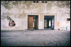 Sowjetische Kaserne - Vogelsang (Krueger_Martin) Tags: graffiti colorful place wideangle 24mm brandenburg farbig hdr bunt kaserne vogelsang weitwinkel photomatix lostplace urbanexplore zehdenick canoneos5dmarkii canonef24mmf14lii canoneos5dmark2 sowjetischekaserne