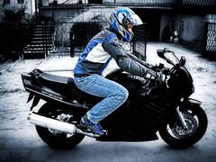 SUZUKI driver (driver Photographer) Tags: honda ktm triumph motorcycle yamaha driver suzuki daytona ducati motoguzzi kawasaki leathers buell aprilia simson cagiva husqvarna dainese bmv