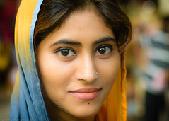 Portrait of a stranger (Vijay Britto Photography) Tags: india beautiful 50mm eyes nikon colorful naturallight stranger outdoorportraits d7000