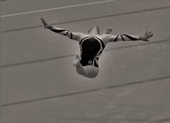 Flying Angel (heiko.moser) Tags: portrait people bw woman blancoynegro sport person mono flying women noiretblanc nb menschen sw bern monochrom frau publicity em schwarzweiss nero youngwoman personen discover knstler turnen einfarbig schwarzweis eyecatch blackwihte entdecken kunstturnen heikomoser