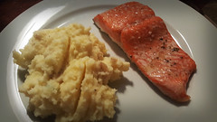 Copper River Salmon and Mashed Potatoes (loususi) Tags: seattle salmon annie conference marco 2016 copperriver copperriversalmon uxpa