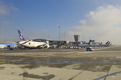 LOT Polish jets (A. Wee) Tags: airport lot poland warsaw chopin boeing 787  dreamliner  lotpolish