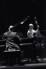 Edward Simon Trio 1 (@erikleader) Tags: new york byn concierto piano jazz batera tro