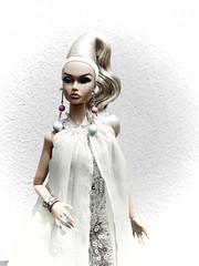 Poppy Camera Loves Her 07 (Belenojon) Tags: camera fashion toys mod doll her poppy loves 12 royalty parker integrity