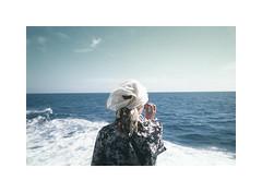 JAi t Trs Surpris Lorsque Le Slectionneur A Frapp  Ma Sonnette (jean-christophe sartoris) Tags: blue sea portrait sky analog boat back bretagne blond analogue disposable ouessant