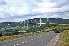 Viaduc de millau (laurent KB) Tags: pont aveyron viaducdemillau