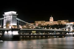 Puente de las Cadenas (Stauromel) Tags: light skyline arquitectura budapest nocturna buda hungria puentedelascadenas canon1dmarkii stauromel alquimiadigital