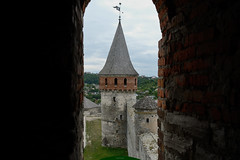 tower fortress (intui.pro) Tags: old roof plant building tower history tourism stone museum architecture landscape town ruins outdoor stones citadel stonework text towers reserve ukraine temples walls bastion stronghold fortress palaces fastness strengthening kamianetspodilskyi