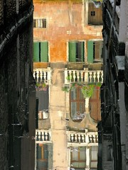 The topsy-turvy palace in Venice (alex.gb) Tags: topsyturvy venice venezia riflesso palazzo palazzoriflesso topsyturvypalace reflections