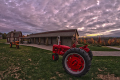 Red (https://www.facebook.com/jayarbelophotography) Tags: tractor fall clouds newengland apples hdr canont3 smithsredapplefarm jayarbelophotography
