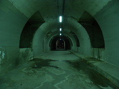 Tout au Fond (Jay Deuzieux Photography) Tags: light paris seine night de tunnel lumiere promenade nuit nocturne bord beton