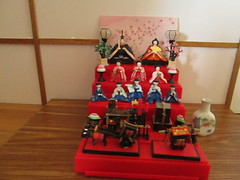 ready for Hinamatsuri (Pumpkin Hill Studios/King William Miniatures) Tags: japan sushi gijoe miniatures dolls barbie kimono teaceremony hinamatsuri fashionroyalty 16scale ceremonialdolls misshappinessmissflower